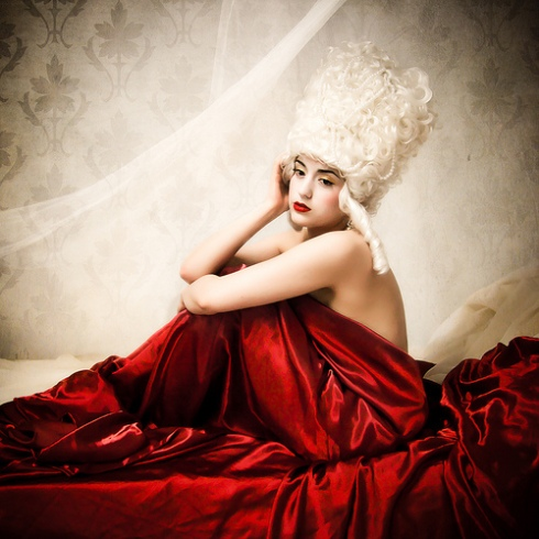 marie antoinette burlesque
